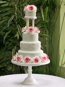 SylviasKitchen_WeddingCakes_ChinaBlue-(1)
