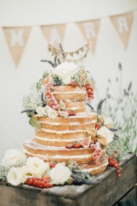 SylviasKitchen_WeddingCakes_Connie_VictoriaJKLamburnPhotography (1)